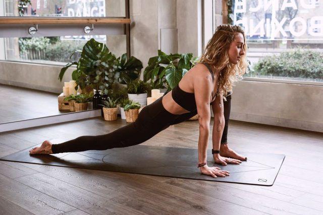 Bedre sundhed i træningen med yoga